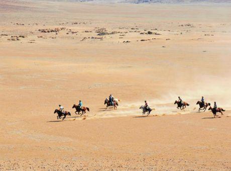 The Desert Ride | Horse Riding Holidays Namibia