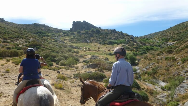 Margot & Andy Bowker about their trail ride through the Gredos Mountains Img2