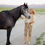 Madelaien and Mustang - Mustang Monument Horse Riding Holidays